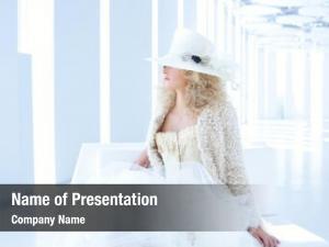 Woman blond fashion eighteenth century